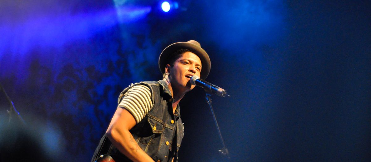 Buy Formula One United States Grand Prix - Saturday Pass (Bruno Mars Included) Tickets